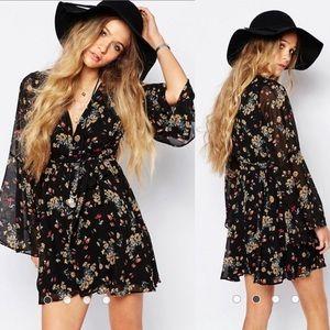 FREE PEOPLE • Boho Black Floral Lilou Dress Flowey